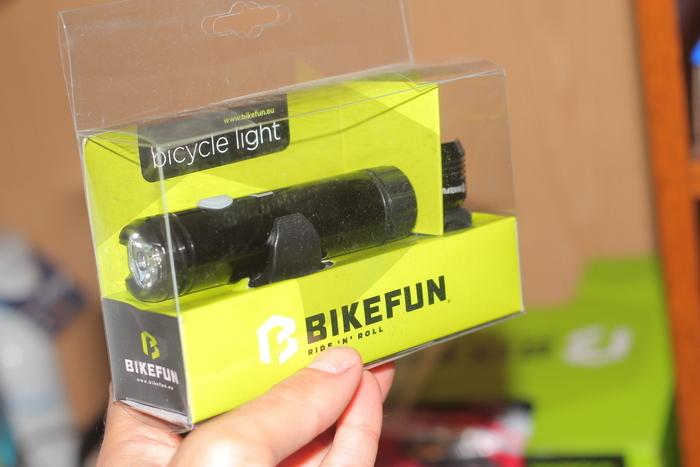 lanterna bicicleta bikefun shot 02.JPG