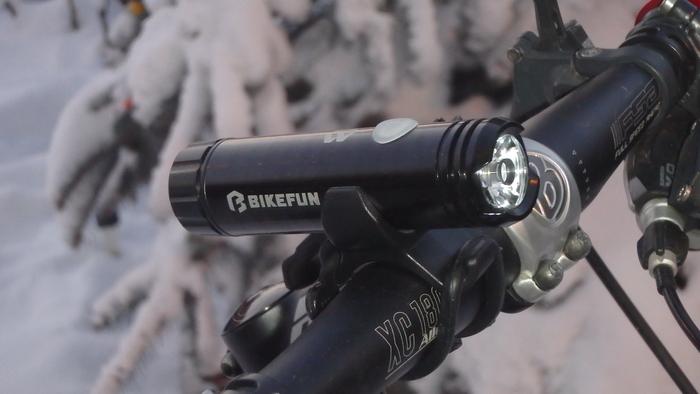 lanterna bicicleta bikefun shot 04.JPG