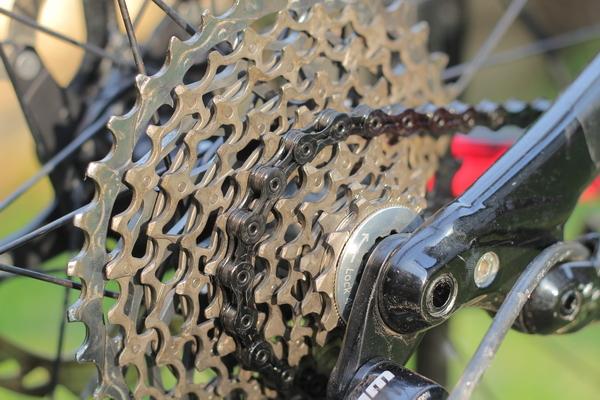 test recenzie lant bicicleta KMC X10 SL DLC 04_resize.JPG