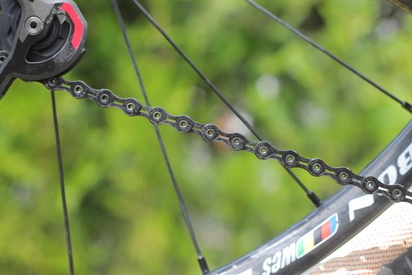 test recenzie lant bicicleta KMC X10 SL DLC 08.JPG