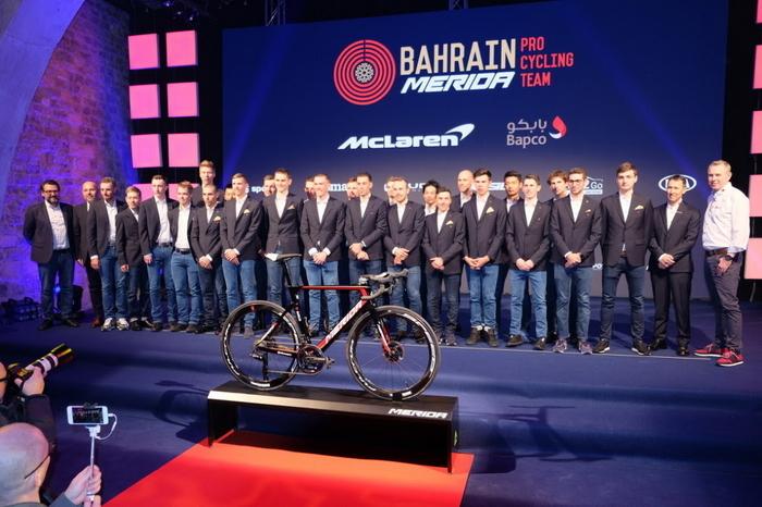 bahrain mclaren (1).jpg