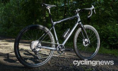 Merida Silex+ 8000-E primeşte 4 din 5 stele la testul CyclingNews!